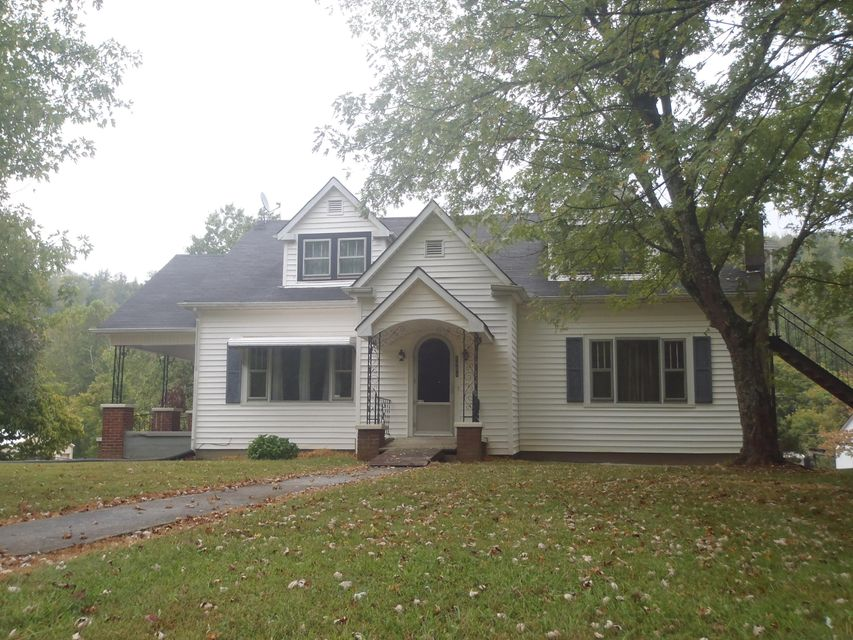 Single Family Home for Sale at 2903 Roane State Hwy 2903 Roane State Hwy Harriman, Tennessee 37748 United States