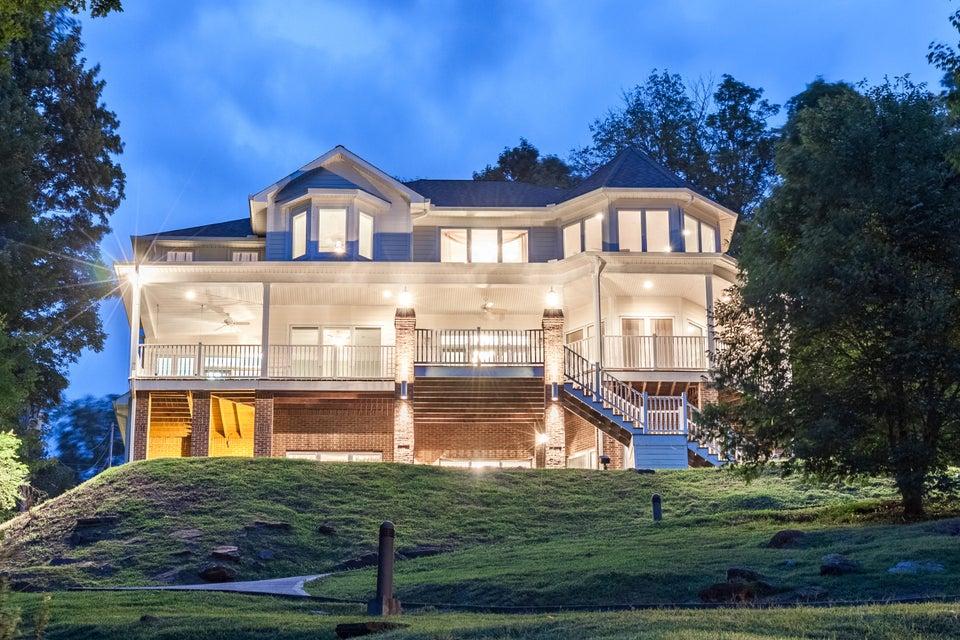 Casa Unifamiliar por un Venta en 1073 Lakeview Drive Sharps Chapel, Tennessee 37866 Estados Unidos