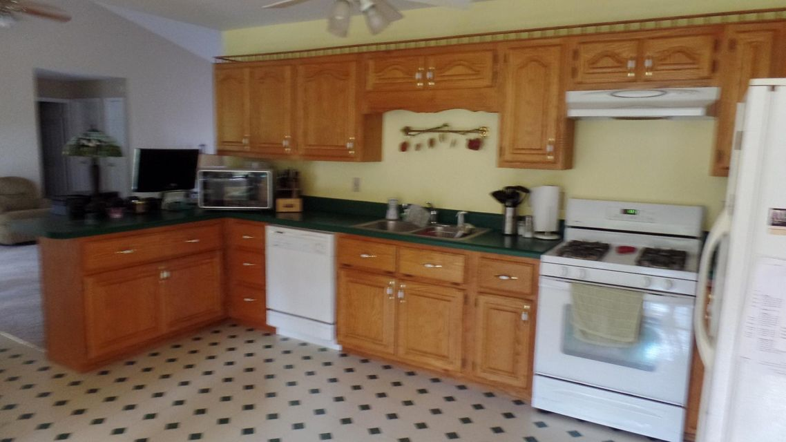 Additional photo for property listing at 8590 Lantana Road 8590 Lantana Road Crossville, Tennessee 38572 United States