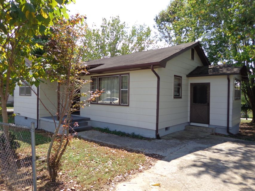 Single Family Home for Sale at 145 Dell Way Parrottsville, Tennessee 37843 United States