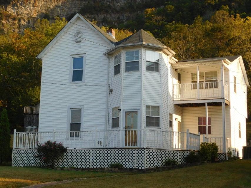 Многосемейный дом для того Продажа на 508 Pennlyn Avenue Cumberland Gap, Теннесси 37724 Соединенные Штаты
