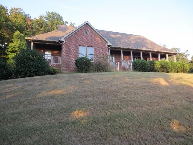 Single Family Home for Sale at 2683 W State Highway 30 Decatur, Tennessee 37322 United States