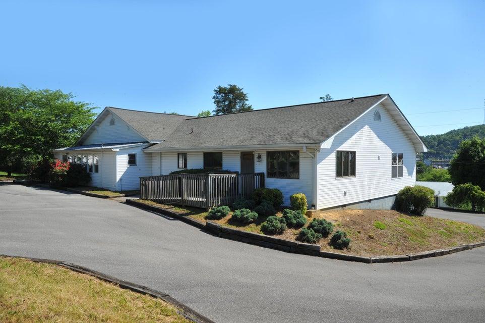 Частный односемейный дом для того Продажа на 202 Meadow Lane 202 Meadow Lane Sevierville, Теннесси 37862 Соединенные Штаты