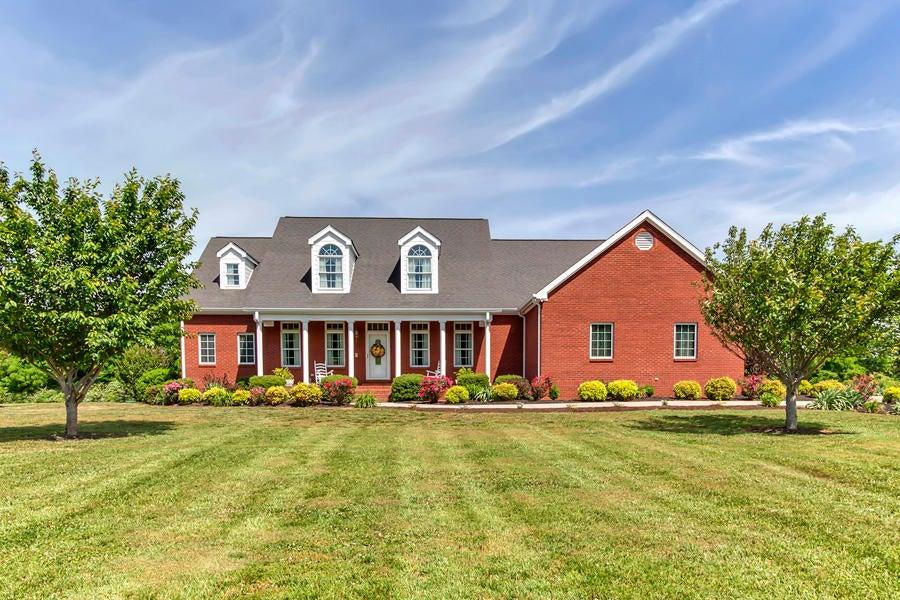 Частный односемейный дом для того Продажа на 707 Highway 307 Niota, Теннесси 37826 Соединенные Штаты