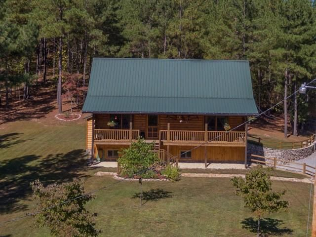 Single Family Home for Sale at 4283 Nashville Hwy Deer Lodge, Tennessee 37726 United States