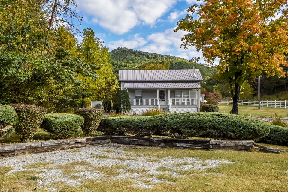 Additional photo for property listing at 634 Old Cedar Creek Road 634 Old Cedar Creek Road Townsend, Tennessee 37882 Estados Unidos