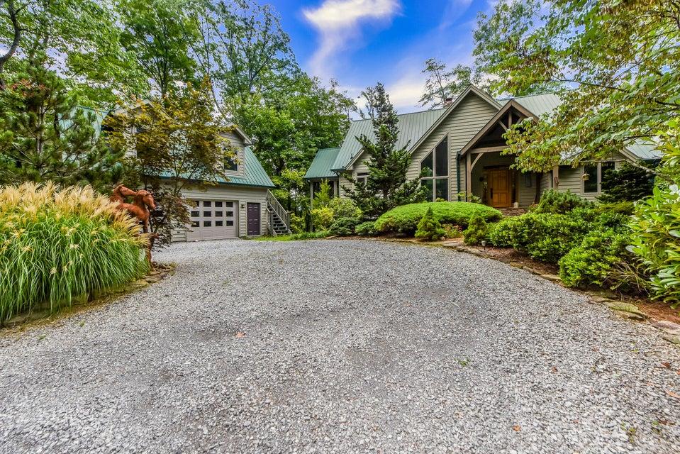 Casa Unifamiliar por un Venta en 115 Kelly Ridge Road 115 Kelly Ridge Road Townsend, Tennessee 37882 Estados Unidos