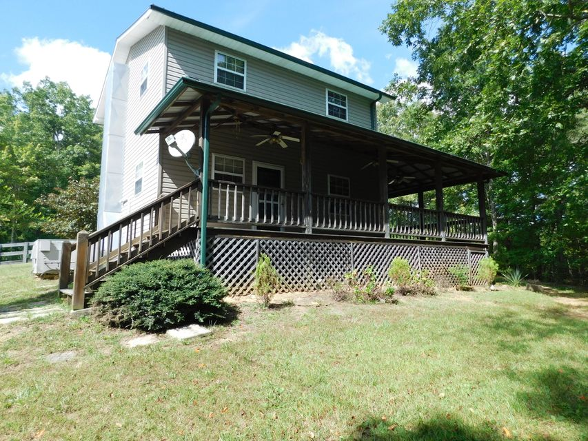 Additional photo for property listing at 517 Hicks Road  Oneida, Tennessee 37841 United States