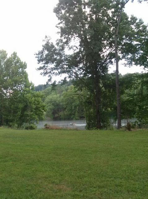 Additional photo for property listing at Lovely Bluff Road Lovely Bluff Road Rocky Top, Tennessee 37769 États-Unis