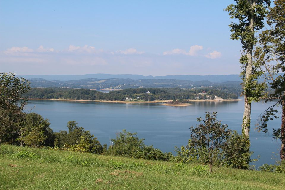 Additional photo for property listing at 2317 Windswept Way 2317 Windswept Way Morristown, Tennessee 37814 Estados Unidos