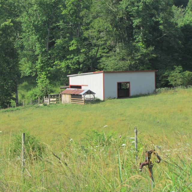 Additional photo for property listing at 3715 Hickory Valley Road 3715 Hickory Valley Road Maynardville, Tennessee 37807 United States