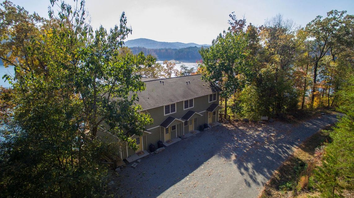 Tanglewood Shores lake property for sale