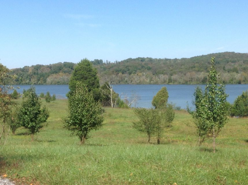 Land for Sale at 2011 Matlock Bend Road 2011 Matlock Bend Road Loudon, Tennessee 37774 United States