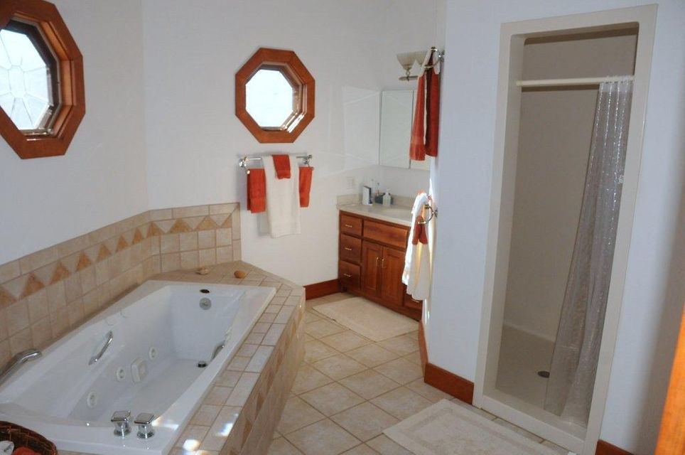 Additional photo for property listing at 214 Shelly Drive 214 Shelly Drive Sharps Chapel, Tennessee 37866 États-Unis