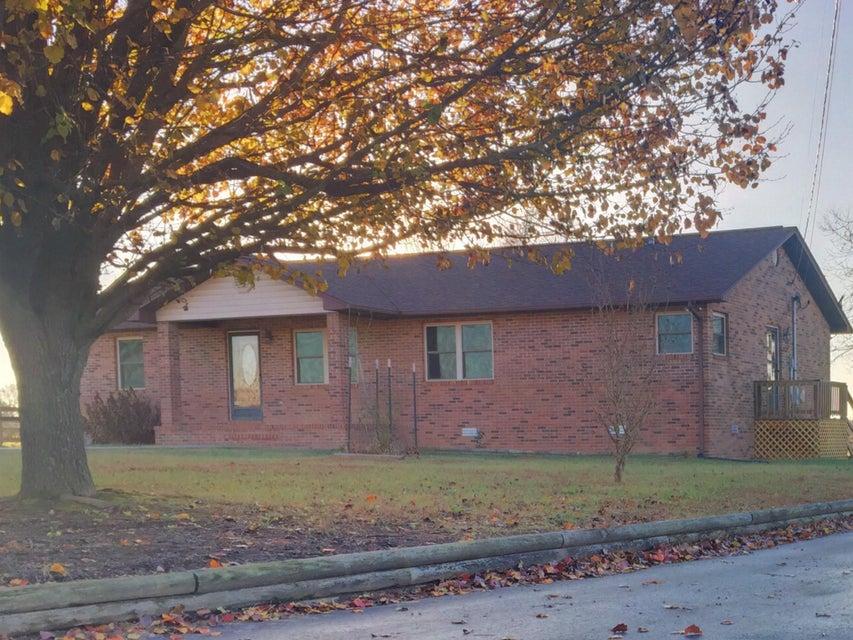 Частный односемейный дом для того Продажа на 6986 S York Hwy Clarkrange, Теннесси 38553 Соединенные Штаты