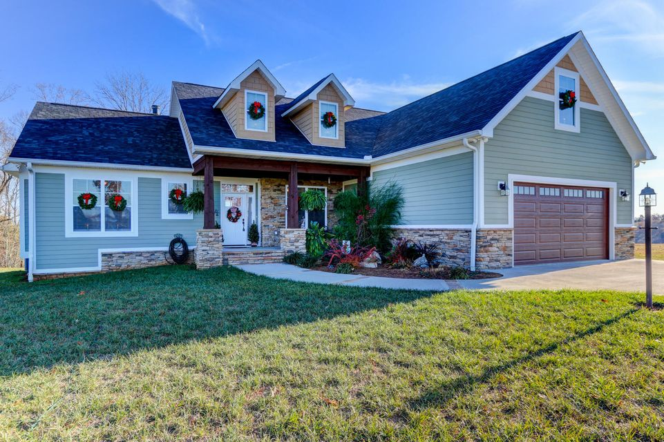 Maison unifamiliale pour l Vente à 920 Phillips Springs Road Rutledge, Tennessee 37861 États-Unis
