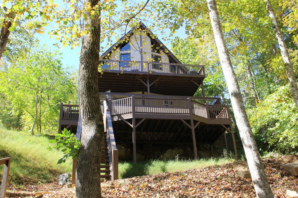Lake home for sale at Flat Hollow