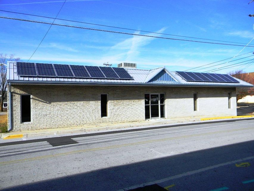 Commercial for Sale at 50 Streetanley Street 50 Streetanley Street Crossville, Tennessee 38555 United States