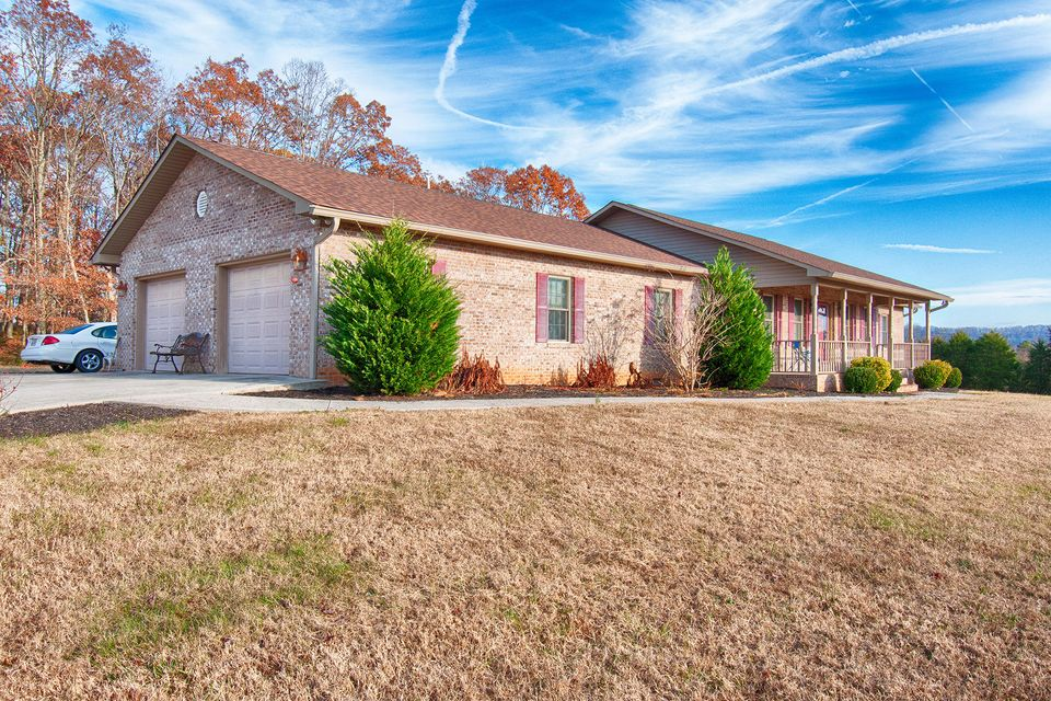 Single Family Home for Sale at 6107 Cate Road Powell, Tennessee 37849 United States