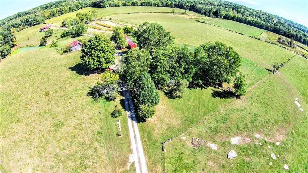 Single Family Home for Sale at 1680 Doc Loy Road Grandview, Tennessee 37337 United States