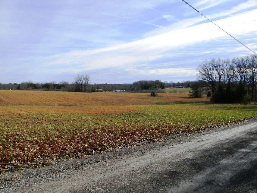 Additional photo for property listing at 267 Fence Lane 267 Fence Lane Crossville, Tennessee 38571 Estados Unidos