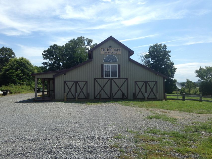 Additional photo for property listing at 212 Pleasant Drive  Madisonville, Tennessee 37354 United States