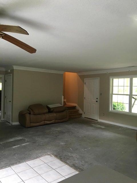 Частный односемейный дом для того Продажа на 885 Bull Run Road Luttrell, Теннесси 37779 Соединенные Штаты