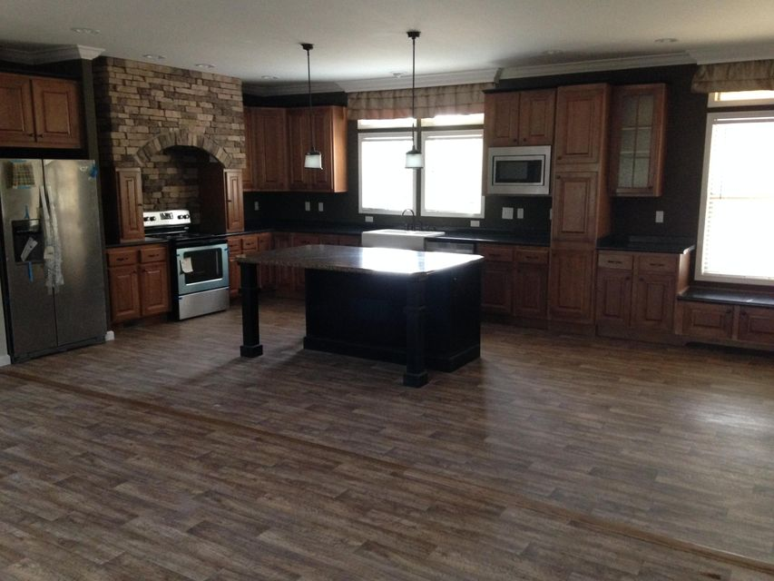 Additional photo for property listing at 300 Redbud Circle  Luttrell, Теннесси 37779 Соединенные Штаты