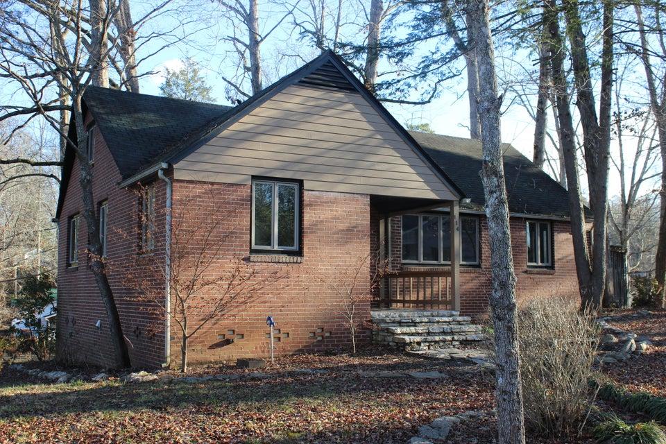 Частный односемейный дом для того Продажа на 114 Dale Place Norris, Теннесси 37828 Соединенные Штаты