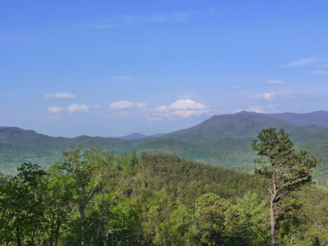 Additional photo for property listing at Mountain Avenue  Townsend, Tennessee 37882 États-Unis