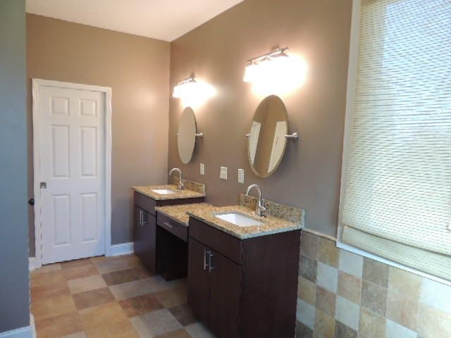 Additional photo for property listing at 441 Timberhead Lane 441 Timberhead Lane Louisville, Tennessee 37777 United States