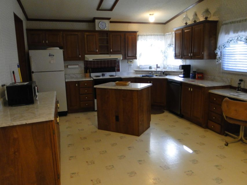 Additional photo for property listing at 2124 Ballplay Road  Madisonville, Tennessee 37354 United States