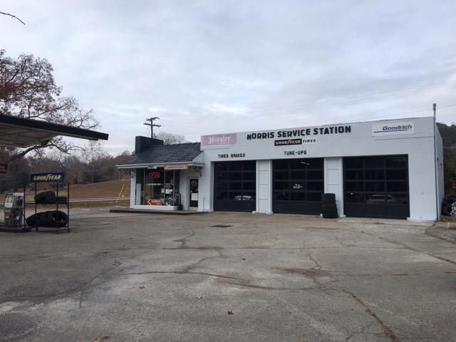 Commercial for Sale at 12 W Norris Road Norris, Tennessee 37828 United States