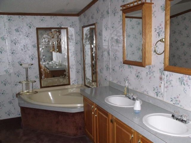 Additional photo for property listing at 983 N Old Tellico Hwy  Madisonville, Теннесси 37354 Соединенные Штаты