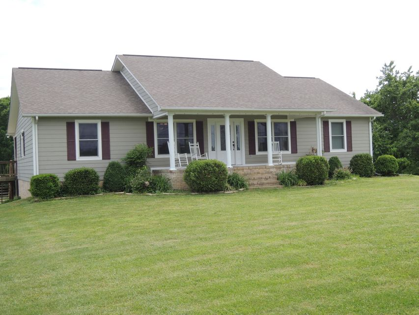 Single Family Home for Sale at 1249 Old Grimsley Road Grimsley, Tennessee 38565 United States