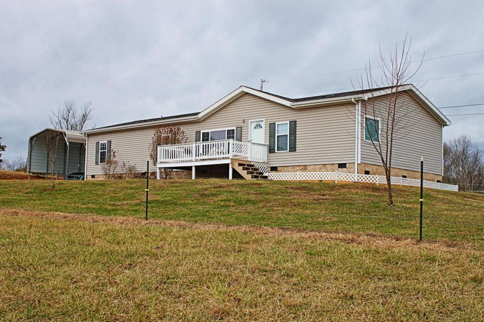 Single Family Home for Sale at 131 Riverbend Lane Robbins, Tennessee 37852 United States