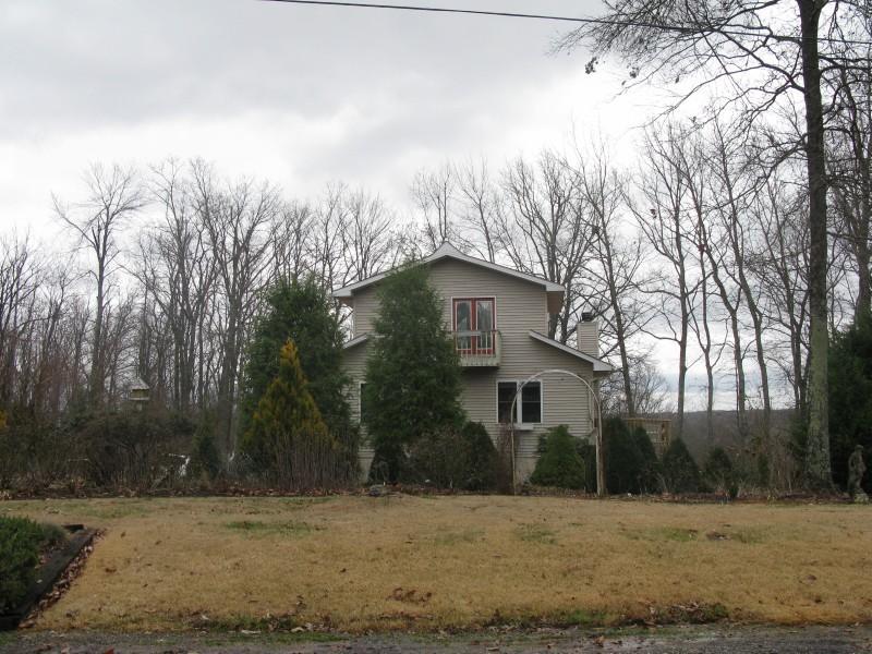 独户住宅 为 销售 在 305 Oesterman Drive Monterey, 田纳西州 38574 美国
