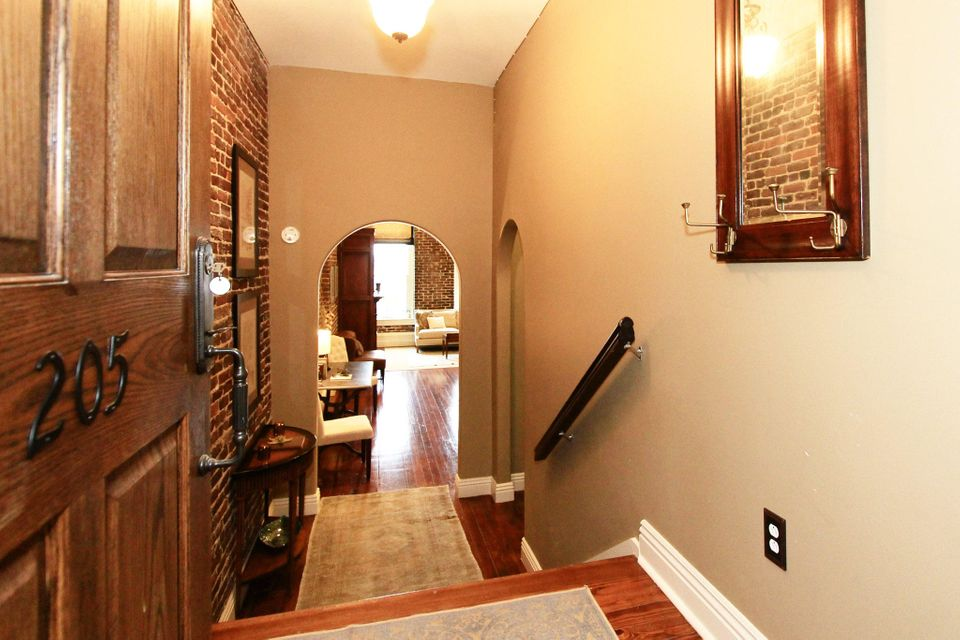 Additional photo for property listing at 122 S Gay Street  Knoxville, Tennessee 37902 États-Unis