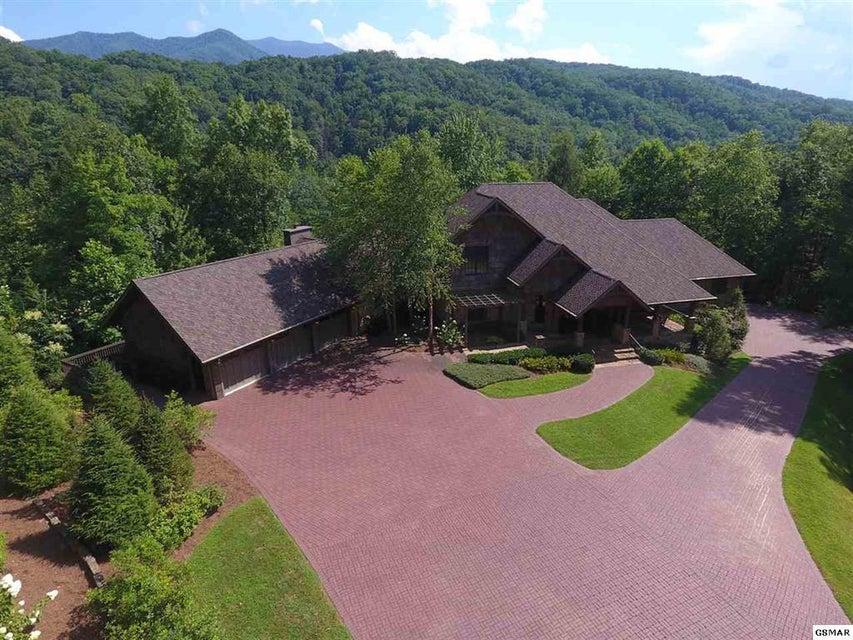 Maison unifamiliale pour l Vente à 1886 Acorn Branch Lane Gatlinburg, Tennessee 37738 États-Unis