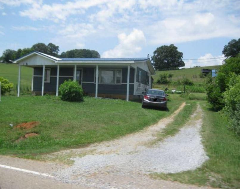 Single Family Home for Sale at 885 Mount Carmel Road Mosheim, Tennessee 37818 United States