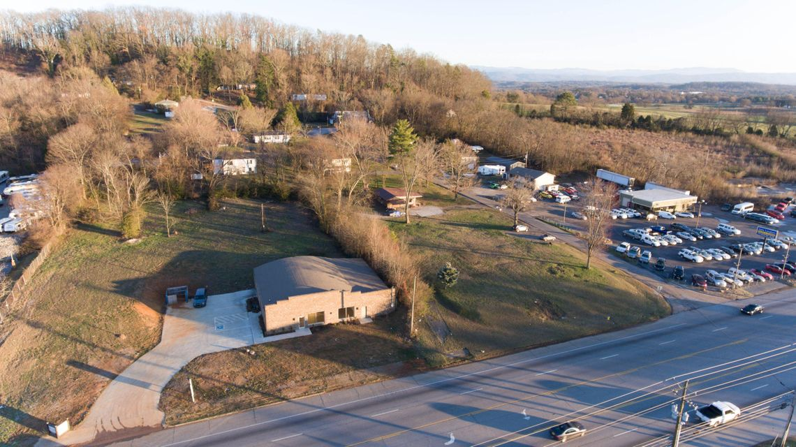 Additional photo for property listing at 4210 Airport Hwy 4210 Airport Hwy Louisville, Tennessee 37777 United States