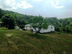 Частный односемейный дом для того Продажа на 547 Cw Lane Treadway, Теннесси 37881 Соединенные Штаты