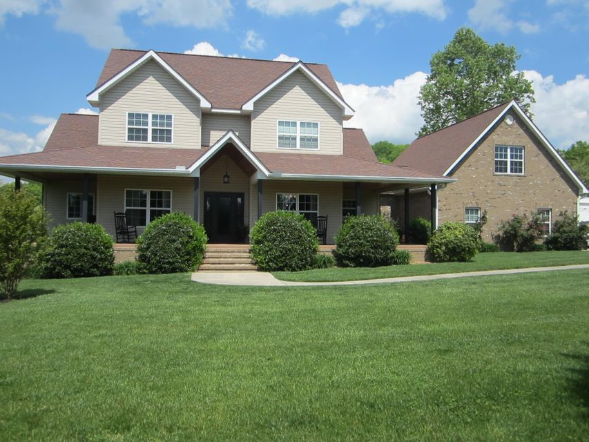 Частный односемейный дом для того Продажа на 1090 Snow Hill Road Oakdale, Теннесси 37829 Соединенные Штаты