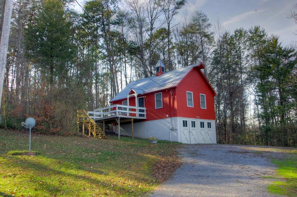 Многосемейный дом для того Продажа на 1556 Myers Road 1556 Myers Road Sevierville, Теннесси 37862 Соединенные Штаты