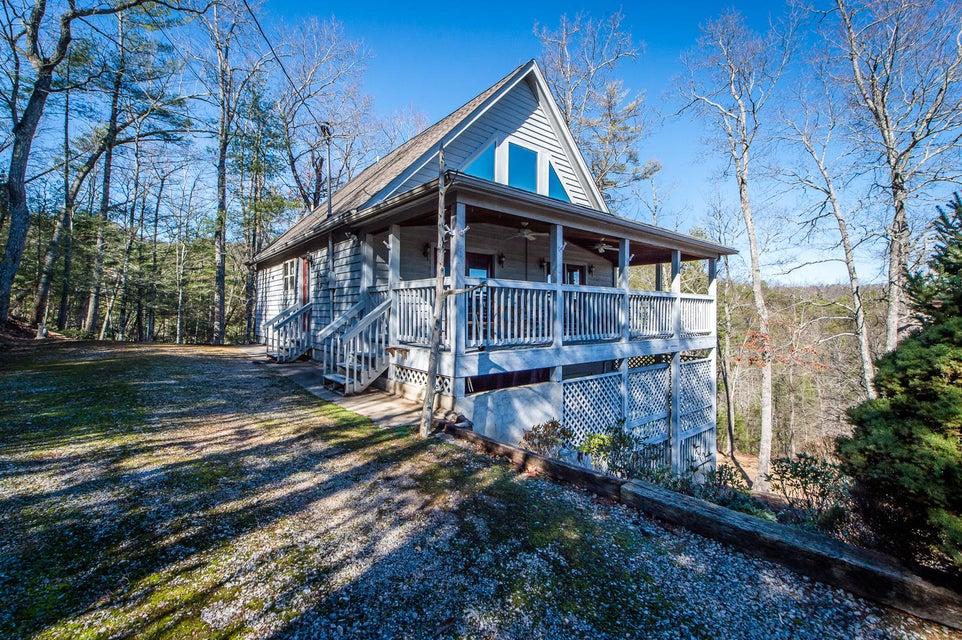 Casa Unifamiliar por un Venta en 628 Hawk View Drive 628 Hawk View Drive Townsend, Tennessee 37882 Estados Unidos