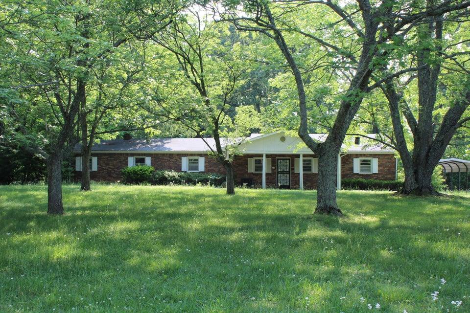 Частный односемейный дом для того Продажа на 1433 Gibbons Road Cookeville, Теннесси 38506 Соединенные Штаты