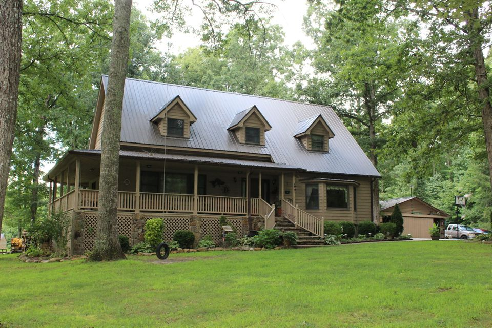 Single Family Home for Sale at 1898 Old Grimsley Road Grimsley, Tennessee 38565 United States