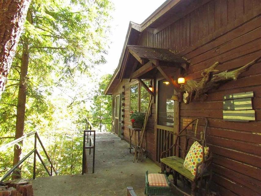 Casa Unifamiliar por un Venta en Cabin 31 Sugarloaf Drive Ocoee, Tennessee 37361 Estados Unidos