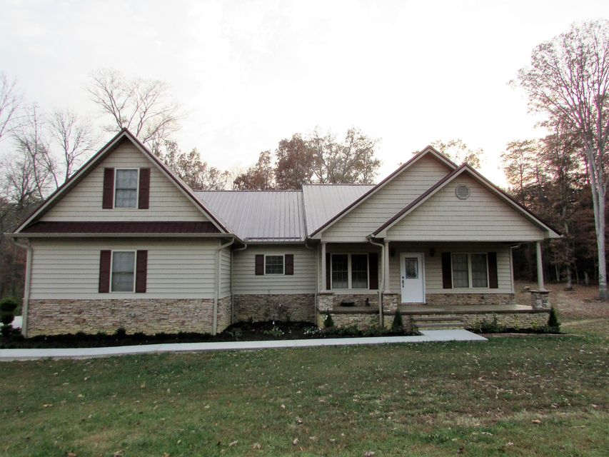 Casa Unifamiliar por un Venta en 577 Phillips Town Road 577 Phillips Town Road Bulls Gap, Tennessee 37711 Estados Unidos