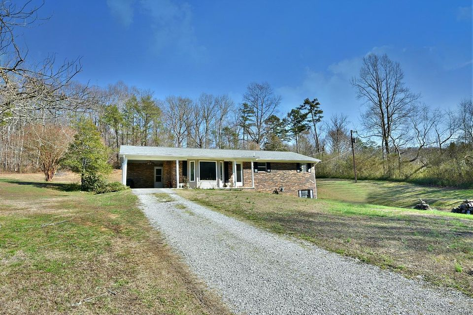 独户住宅 为 销售 在 672 Cane Creek Road Lake City, 田纳西州 37769 美国